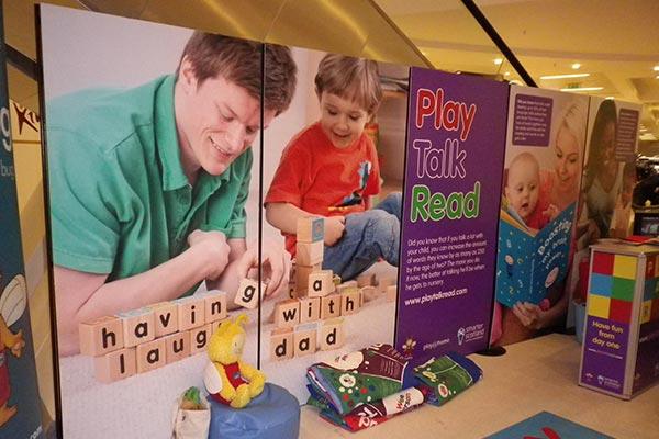 play talk read children's display banner